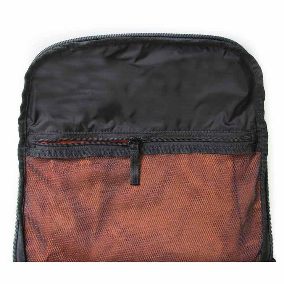 crumpler-shuttle-delight-backpack-m-grey-8